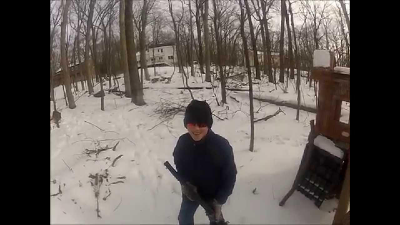Backyard airsoft war 12-31-12 - YouTube