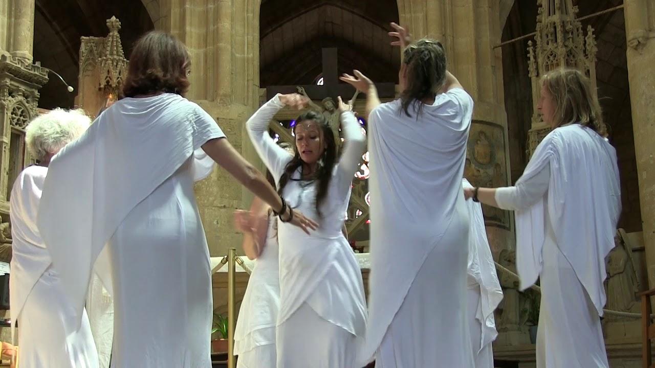 Pleiadès clip Basilique Notre Dame d'Avioth