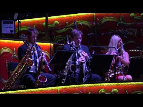 David Mahoney and The Novello Orchestra