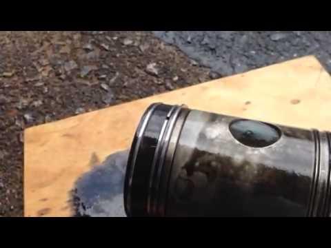 Stuck piston ring detroit diesel 71 series