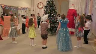 Дед Мороз и валенки.