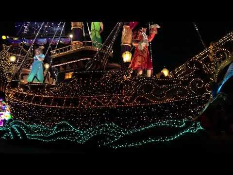 Tokyo Disneyland Christmas Night Lighting Parades - Complete Part 2