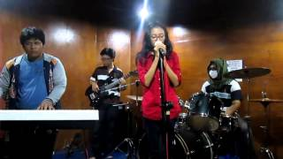 "[Three Kingdoms feat. Shinku] - Sherina  ""Balon Udara"" (cover)"