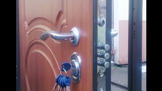 видео Входная дверь для частного дома: принципы выбора