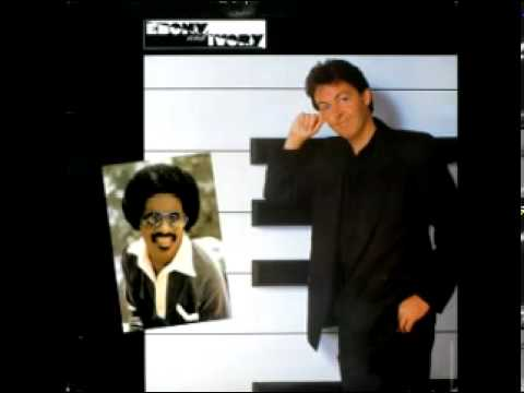 Paul McCartney - Ebony and Ivory - Tug of War - 1982