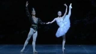 Svetlana Zakharova & Roberto Bolle - La Bayadere Pas de Deux (La Scala)