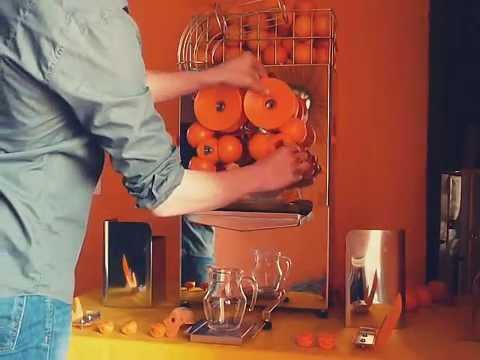 Presse-oranges automatique de qualité pour professionnels - jus d'orange frais pressé