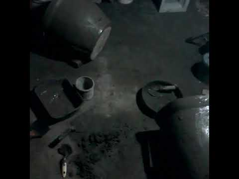 Cara membuat cetakan pot bunga dr bahan semen - YouTube 3744d54759