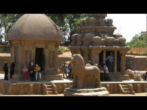 Mahabalipuram and Kanchipuram are major temple cities in Tamilnadu, India