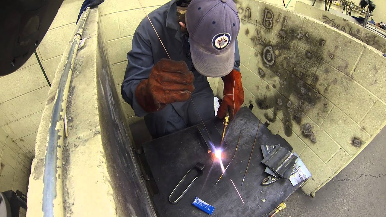 5 reasons to use oxy-acetylene for cutting and welding