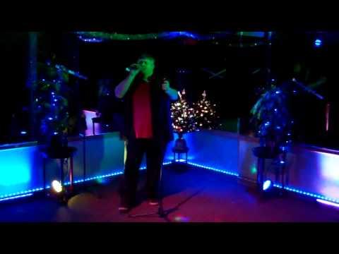Lizard Lounge Aaron performs 867-5309 Tommy Tutone Karaoke