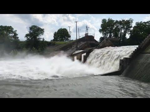 Lake Dunlap Dam Break/Failure (Guadalupe River)