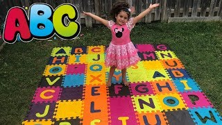 ABC Song Learn English Alphabet for Children! Kids Nursery Rhymes