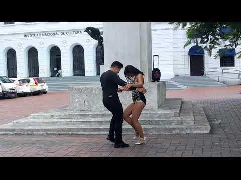 Salsa dancing in Panama