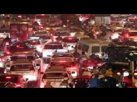 Nạn kẹt xe kinh hoàng chưa từng thấy ở Sài Gòn