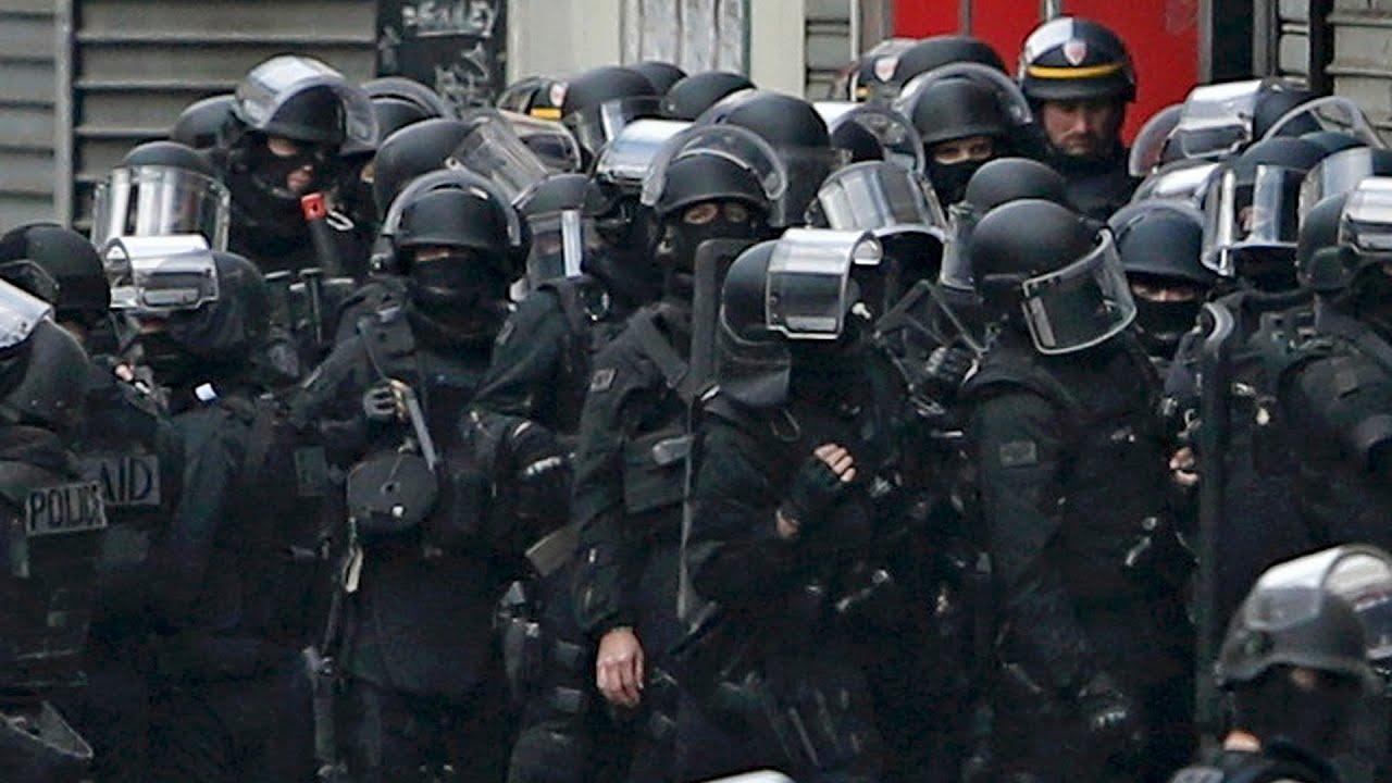 French police raid north Paris suburb of Saint-Denis - YouTube