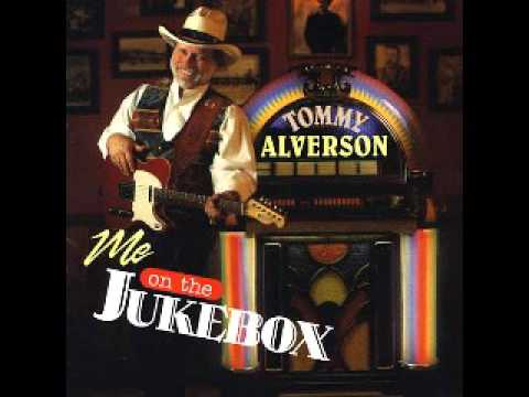Tommy Alverson Lookin' back to Luckenbach