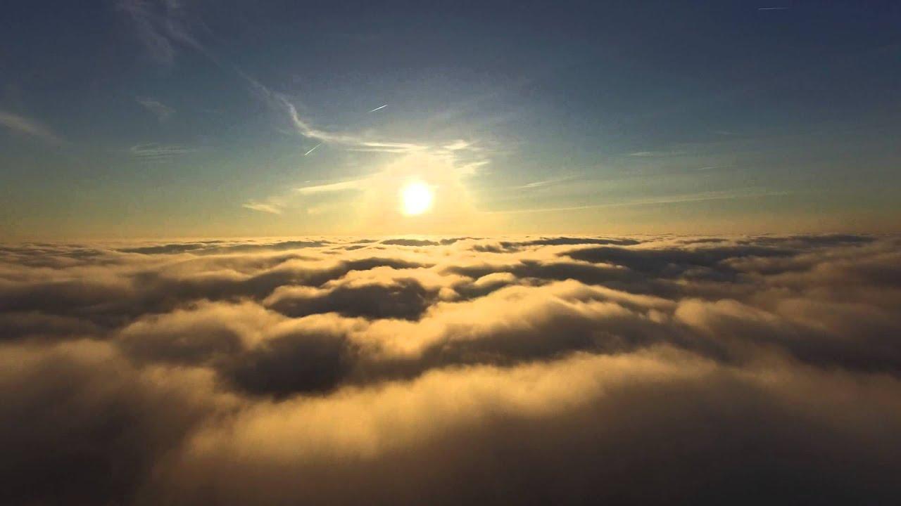 Гјber den wolken