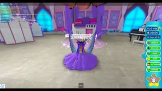 I BOUGHT THE NEW DRAGGING TRAIN ROSE DRESS?!?! (Roblox Royale High)