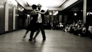 "Nick Jones & Diana Cruz Perform in NYC 2011, Tango ""Fumando Espero"""