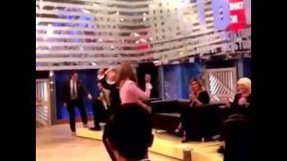 Танцующий миллионер в передаче пусть говорят