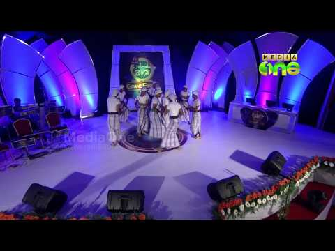 Edarikode team plays kolkali -  Pathinalam Ravu Grand Finale -18