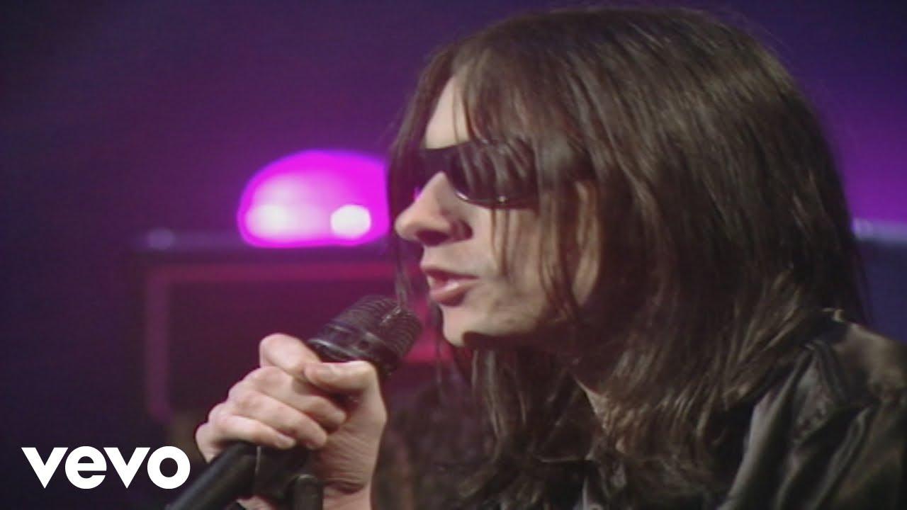 primal-scream-rocks-top-of-the-pops-1994-primalscreamvevo