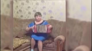 ветка сирени упала на грудь песни под гармонь Любовь Воротынцева