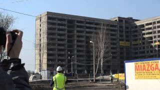 Wyburzanie szpitala im. Religi w Zabrzu, blok na 1 z 4 - 13 marca 2014