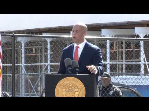 Mayor Booker: I Want To Give Some Guv Love