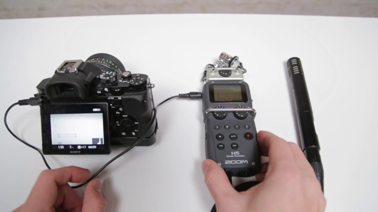 Zoom H5 as XLR Preamp on Sony A7s