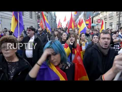 Spain: Hundreds hit streets of Madrid to demand referendum for a third Republic