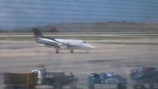 Albatros Embraer EMB-120RT Brasilia YV2776 taxeo y parqueo Aeropuerto Internacional del Caribe
