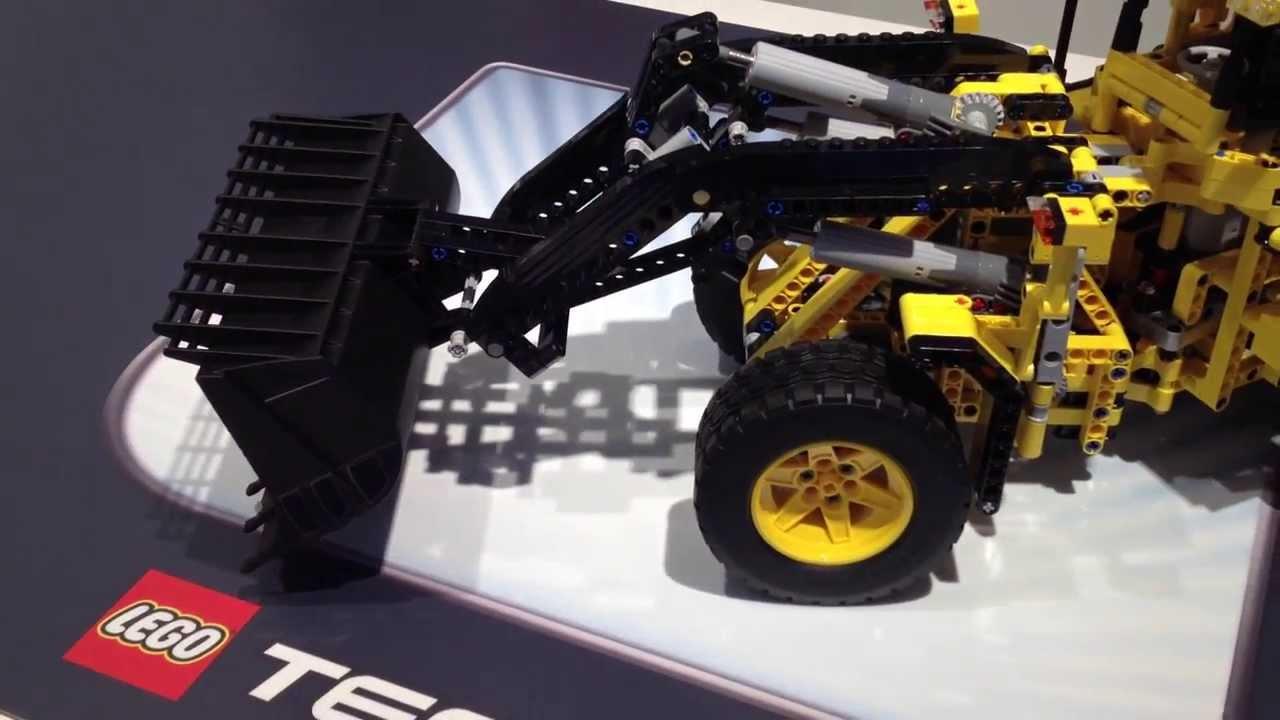 lego technic volvo buldozer 42030 toy. Black Bedroom Furniture Sets. Home Design Ideas