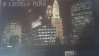 The Chi-Lites - Living In The Footsteps Of Another Man.wmv