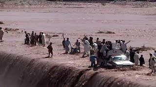 53 قتيلا و60 جريحا ضحايا الأمطار الغزيرة في شمال غرب باكستان    4-4-2016