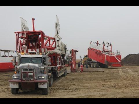 Biggest Truck in Canada ( Oilfield ) Grösste LKWs in Kanada