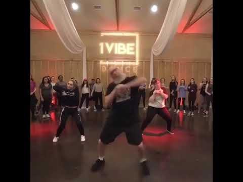 Maverik - R Kelly Interview (Jersey Club Remix) Lol