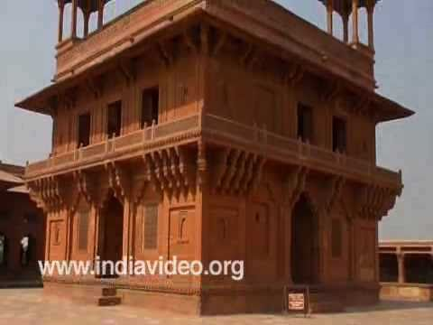 Diwan-i-Khas (Jewel House), Fatehpur Sikri