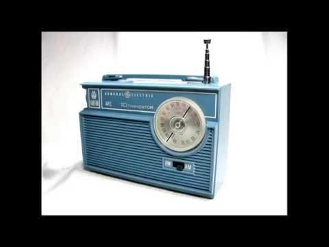 Connie Smith - Tiny Blue Transistor Radio