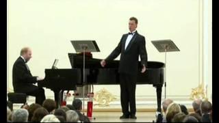 122. Under the cherry. Vladimir Miller plays piano. Мikhail Kruglov, basso profundo. avi