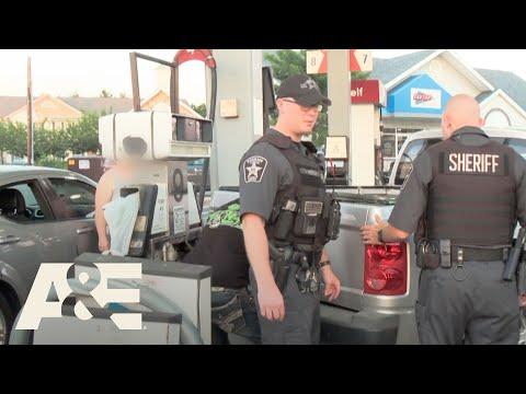 Live PD: Gas Tank Trap | A&E