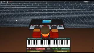 Obito es Theme - Naruto Shippuden OST 3 von: Yasuharu Takanashi/auf einem ROBLOX Klavier.