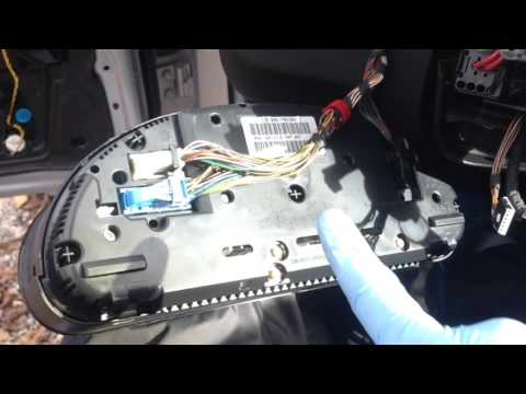 BMW E39 Instrument Cluster Bad LED Removal And How To Tell A LOW Cluster From HIGH Cluster