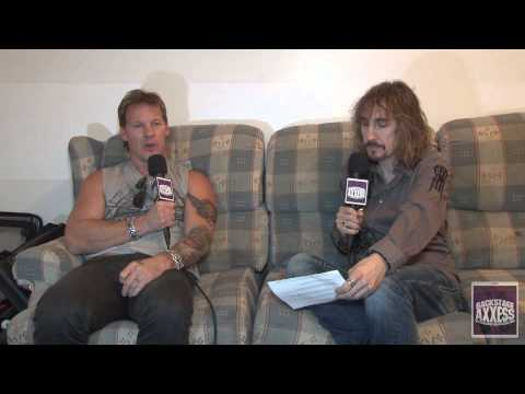BackstageAxxess interviews Chris Jericho of Fozzy.