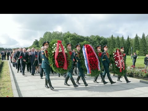 Video: In St. Petersburg, legacy of Nazi siege lives on