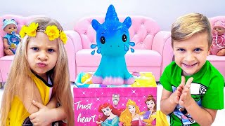 Diana and Roma Pretend Play with antistress Toys & slime