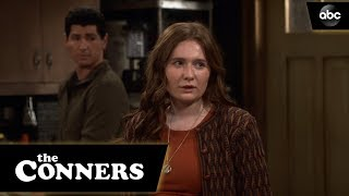 Harris Passes Her Driving Test - The Conners