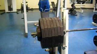 Allen Baria 705lbs Bench -Training