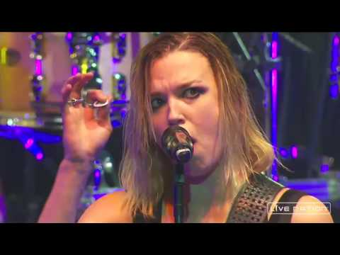 Halestorm  Still Of The Night Whitesnake  2016  in Kalamazoo Full HD